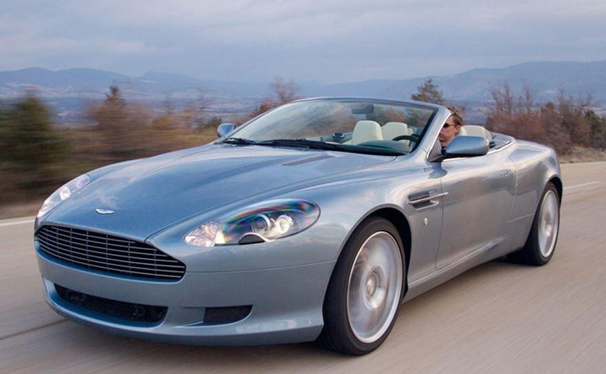 Location d'une Aston Martin, un rêve à portée de main